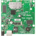 Mikrotik RB911G-2HPnD - A small wireless router with an integrated high power 2.4GHz wireless card.